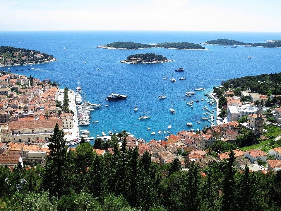 Stag-weekend-yacht-week-stag-party-yachts-antropoti-travels-hvar