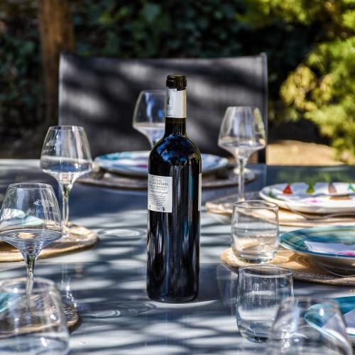 traditional-croatian-dinner-wine